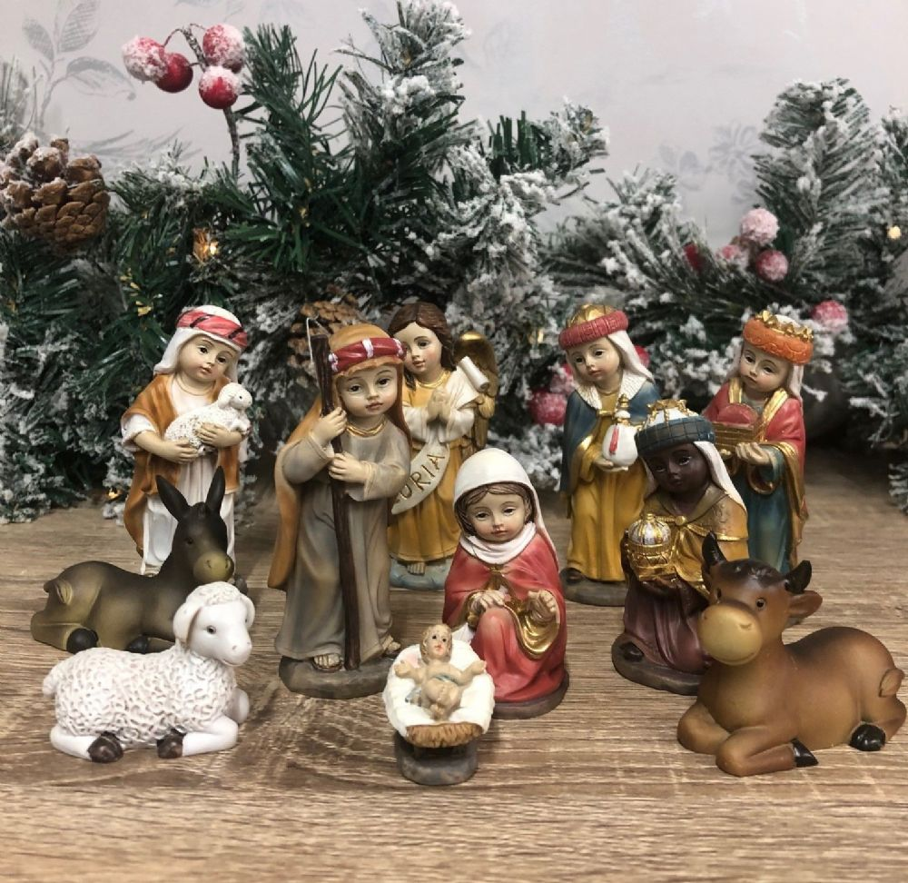 Children's Nativity Set Figurines Christmas Ornament  11  Large Figures